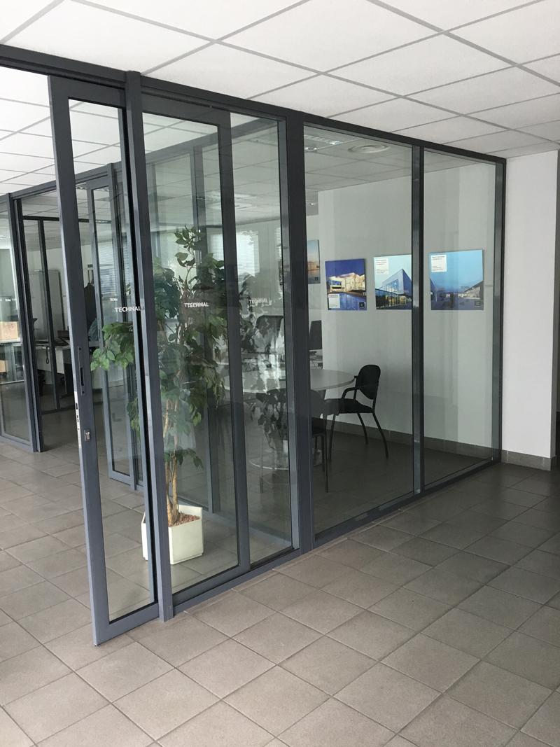 Vitre pour cloison interieure cloisons ou sparations une pice deux espaces with vitre pour - Vitre pour porte interieure ...