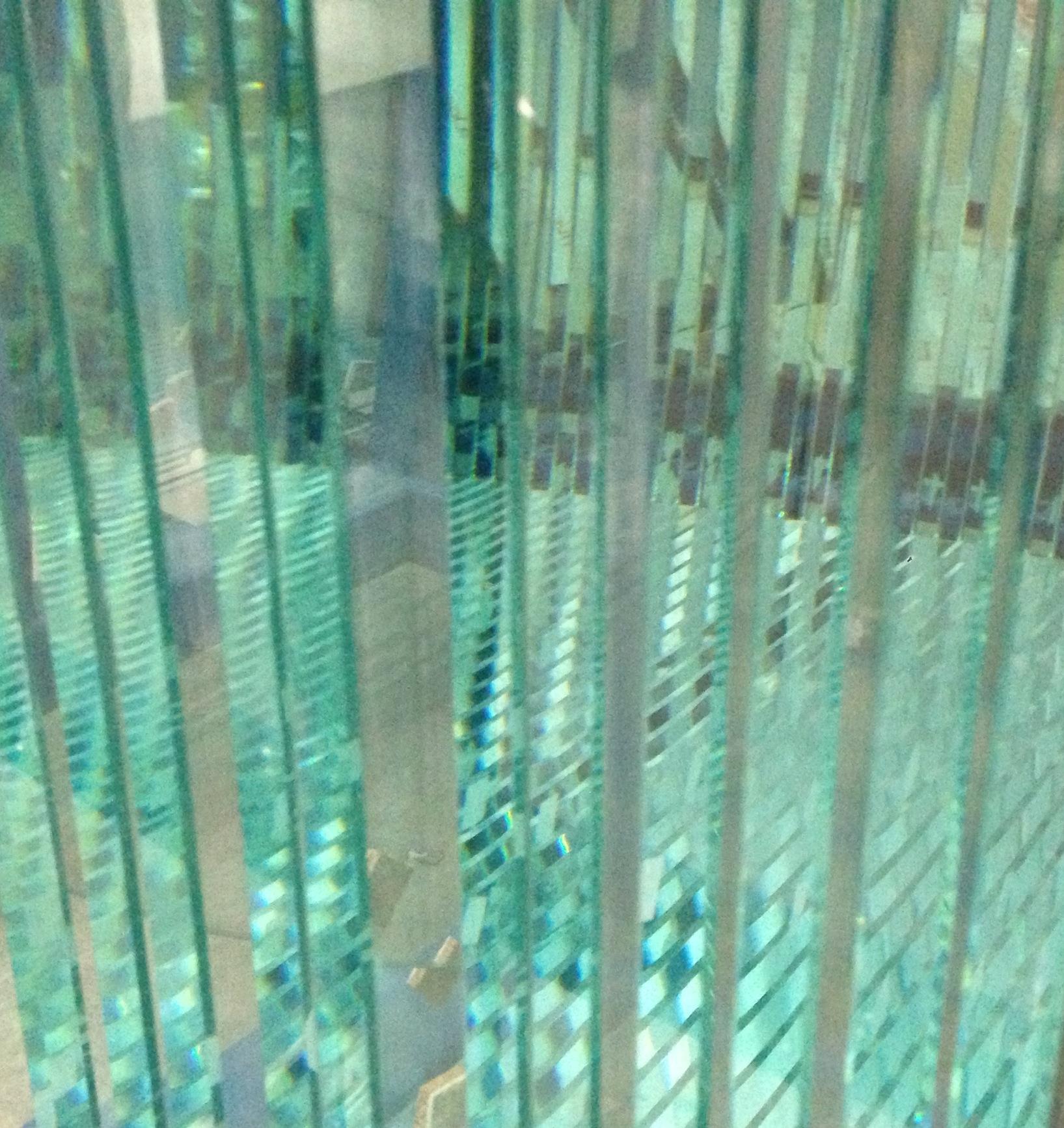 Suivez les nouveaut s verres et miroirs application for Verre et miroir